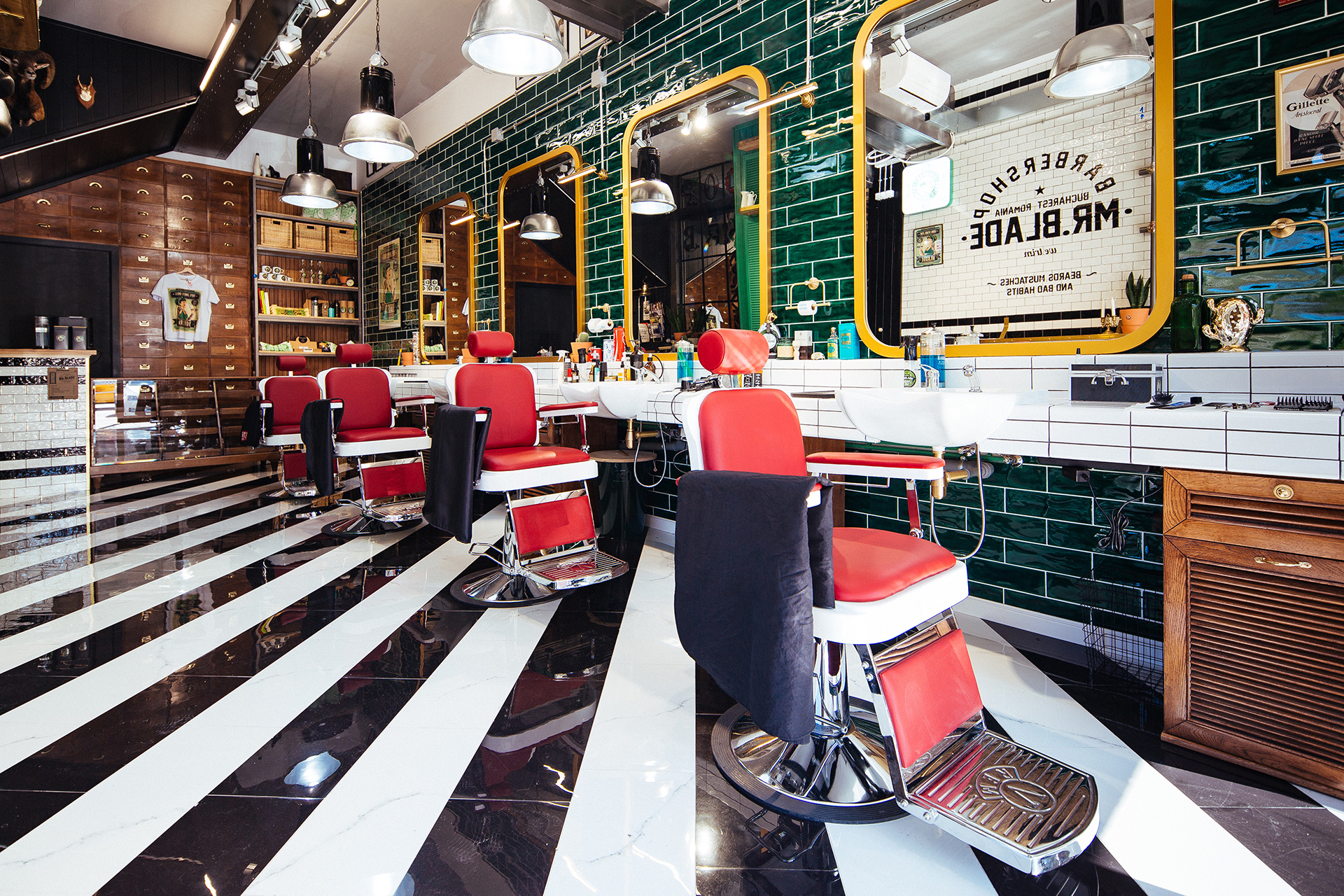 Mr.Blade Barber Shop_4